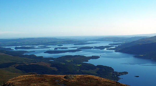 Photo Loch Lomond National Park, encompassing some of Scotland's most stunning scenery